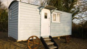 Blue Sheep Hut at Bramblewick House Longford