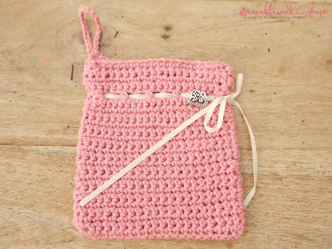 Bramblewick House Wash mitts Crochet bag pink