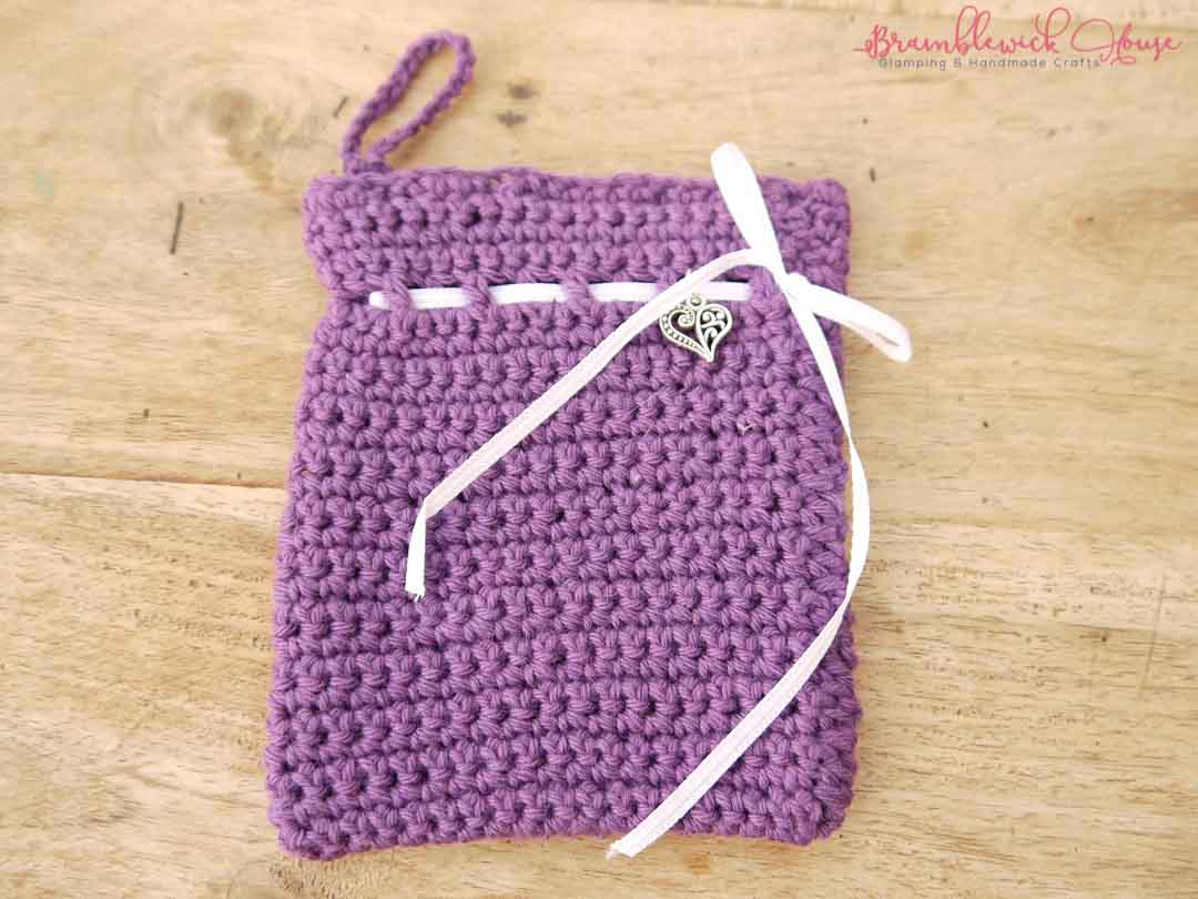 Bramblewick House Wash mitts Crochet bag purple