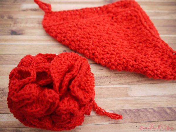 Bramblewick House Wash Ball & Flannel red