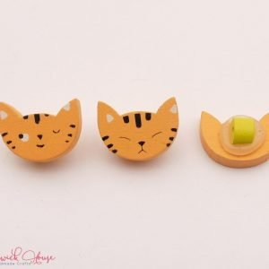 Bramblewick House Ginger Cat Buttons Wood