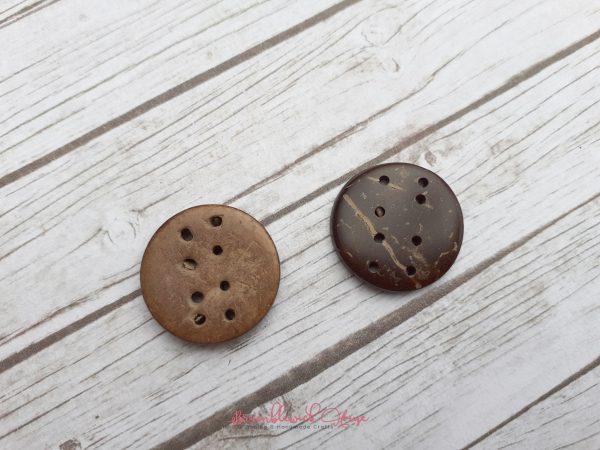 Bramblewick House round coconut button