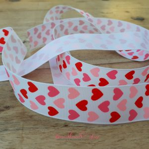 Bramblewick House Heart Ribbon