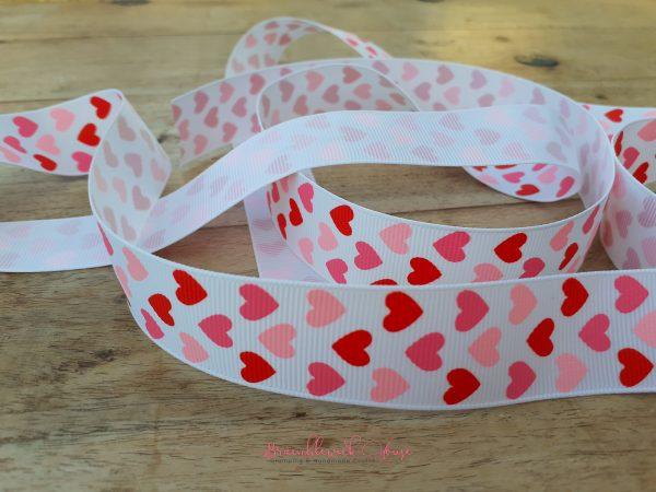 Bramblewick House Heart Ribbon
