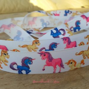 Bramblewick House Unicorn Ribbon White