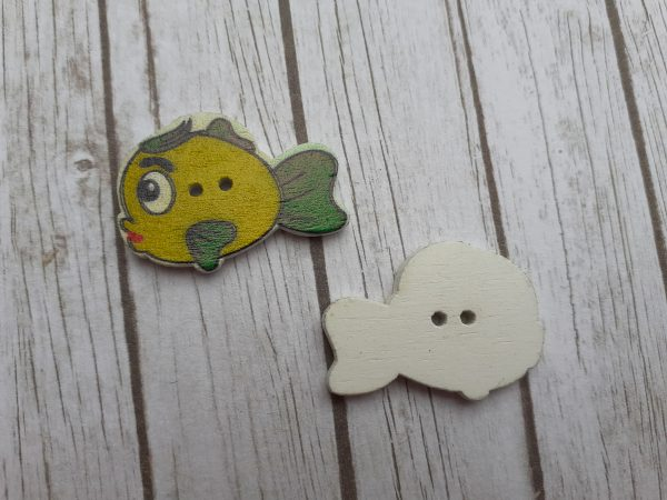 Bramblewick House Fish Button
