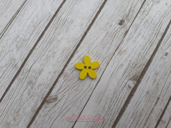 Bramblewick House Flower Button