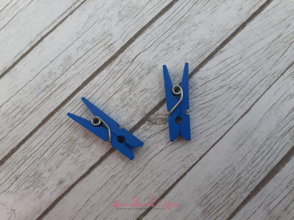 Bramblewick House Mini Wooden Pegs Blue